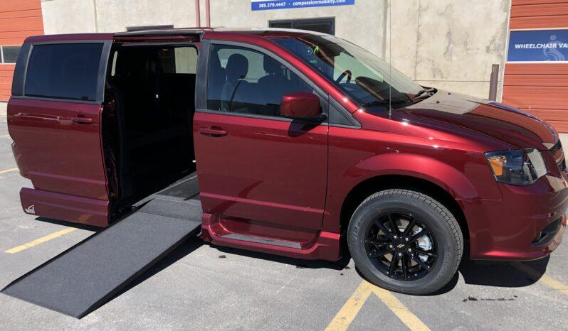 2019 Dodge Grand Caravan Wheelchair Van full