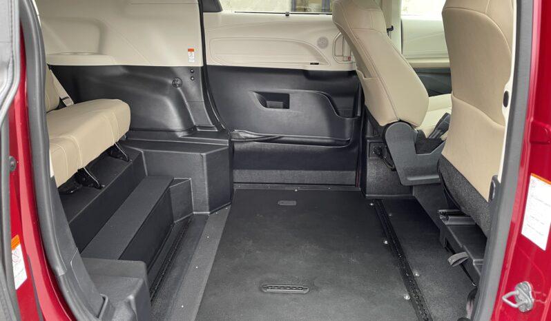 2021 Toyota Sienna XLE All Wheel Drive Wheelchair Van full