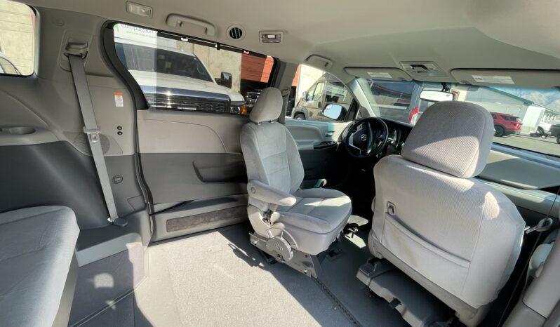 2016 Toyota Sienna LE Wheelchair VMI Northstar Wheelchair Accessible Van full